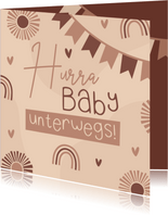 Glückwunschkarte 'Hurra, Baby unterwegs'