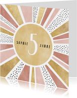 Glückwunschkarte Mädchen Sonnenstrahlen und Punkte