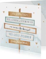 Glückwunschkarte zur Hochzeit Holzschilder und Herzen