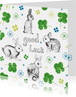 Good luck kaart met klavertjes en konijnen in groen en blauw