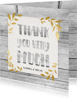 Hippe Dankeskarte Hochzeit mit Holz und goldenen Blättern