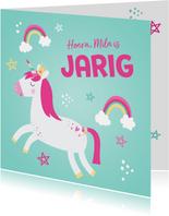 Hippe verjaardagskaart met eenhoorn