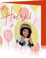 Hippe verjaardagskaart met foto, ballonnen en leeftijd