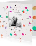 Jubileum samen of  getrouwd,  illustratie hartjes confetti
