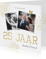 Jubileum uitnodiging goud hartjes stijlvol foto's