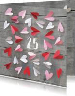 Jubileum uitnodiging  hartjes getal aan te passen