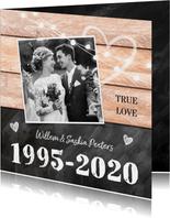 Jubileumfeest huwelijk hout krijtbord lampjes foto jaartal