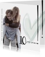 Jubileumkaart 10 jaar samen, modern met hart