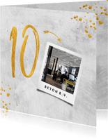 Jubileumkaart bedrijf 10 jaar betonlook met spetters