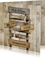 Jubileumkaart huwelijk pallet wegwijzer op hout