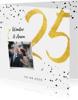 Jubileumkaart met gouden 25, spetters en foto