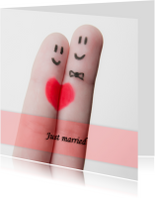 Just married fingers grappig
