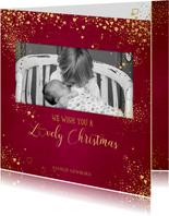Kerst klassiek rode fotokaart gouden sterretjes en hartjes