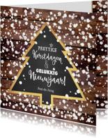 Kerst winterse kaart houtlook en kerstboom krijtbord
