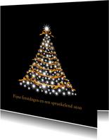 Kerstboom op zwart