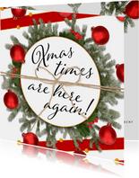 Kerstkaart klassiek en feestelijk rood