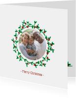 Kerstkaart met eigen foto in mistletoe krans