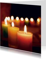 Kerstkaart met foto brandende kaarsen