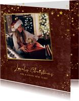 Kerstkaart stijlvol roestbruin gouden sterren en foto