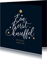 Kerstkaart typografie kerstboom kerstknuffel sterren goud
