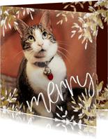 Kerstkaart vierkant merry met gouden en witte takken