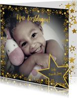 Kerstkaart vrolijke hippe fotokaart met goudkleurige sterren