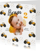Kinderfeestje hippe uitnodiging tractor confetti foto