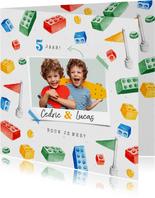 Kinderfeestje uitnodiging bouwen activiteit lego