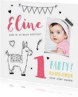 Kinderfeestje uitnodiging hip met alpaca illustratie en foto