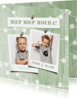 Kinderfeestje uitnodiging houtlook groen lampjes met foto