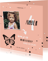 Kinderfeestje uitnodiging met vlinder, spetters en foto