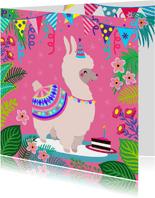 Kleurrijke en vrolijke verjaardagskaart met leuke alpaca