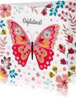Kleurrijke verjaardagskaart met vlinder en bloemen
