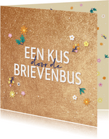 Kus door de brievenbus - golden - zomaarkaart