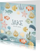 Leuk geboortekaartjes met visjes plantjes belletjes oceaan