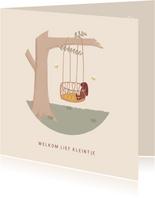 Lief felicitatiekaartje geboorte met boom en wiegje