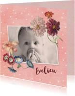 Lief geboortekaartje met foto en vintage bloemen