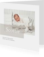 Lief geboortekaartje met foto voor een jongen en meisje