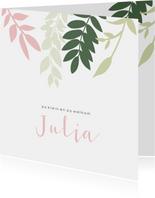 Lief geboortekaartje met groene en roze takjes