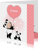 Lief geboortekaartje met meisje in onesie en pandabeertje