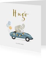 Lief geboortekaartje met retro trapauto en olifantje
