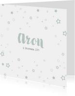 Lief geboortekaartje met rondjes en sterren confetti