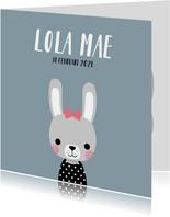 Minimalistisch geboortekaartje met illustratie van konijn
