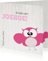 Mo Card Geboortekaart lief meisje uil houtachtergrond