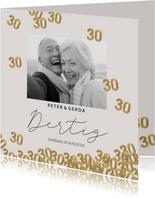 Moderne huwelijk jubileum uitnodiging 30 jaar confetti