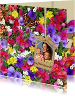 Mooie bloemenkaart met foto en diverse bloemen