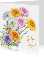 Mooie bloemenkaart met getekende Gerbera's in waterverf