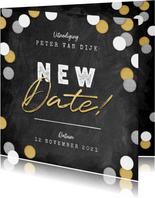 New Date uitnodigingskaart krijtbord en confetti
