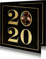 Nieuwjaarskaart 2020 met foto en gouden kader