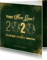 Nieuwjaarskaart stijlvol donkergroen en goud wereldbol 2020